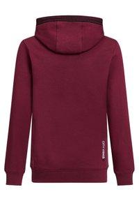WE Fashion - JONGENS MET TEKST- EN TAPEDETAIL - Hoodie - burgundy red - 1