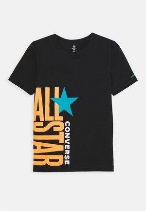 ALL STAR STACKED TEE - T-shirt z nadrukiem - black