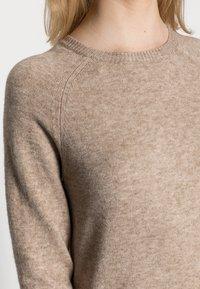 ONLY - LESLY KINGS - Sweter - beige melange - 4