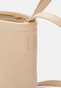 Mansur Gavriel - MINI ZIP BUCKET - Across body bag - aglio - 8