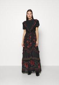 Farm Rio - EMBROIDERED FLORAL MAXI DRESS - Maxi dress - multi - 0