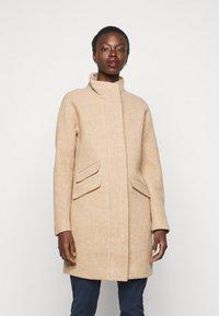 J.CREW TALL - Zimní kabát - sandstone - 0