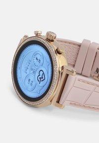Michael Kors Access - GEN 4 SOFIE - Smartwatch - rose - 4