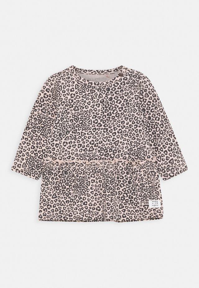 DRESS RIVERVIEW - Vestito di maglina - rose