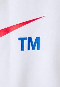Nike Sportswear - HOODIE - Sweatshirt - white/university red - 2