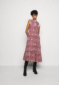 See by Chloé - Denní šaty - red/white - 0