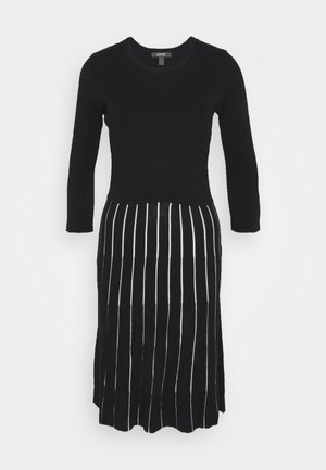 ECOVERO - Jumper dress - black