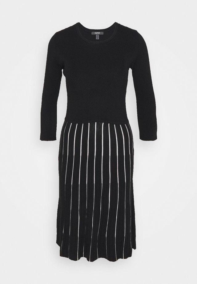 ECOVERO - Jumper dress - black