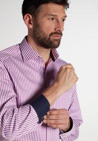 Eterna - COMFORT FIT - Shirt - pink/weiss - 2