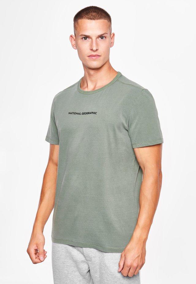 MIT LOGO - Print T-shirt - agave green