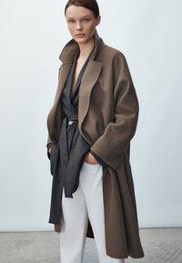 Massimo Dutti - Classic coat - metallic grey - 1