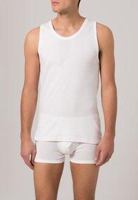 Jockey - 2 PACK - Undershirt - white - 1