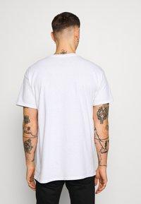 New Look - SWIPE RIGHT TEE - T-Shirt print - white - 2