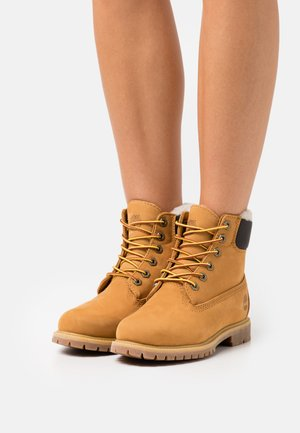 6IN PREMIUM - Lace-up ankle boots - wheat