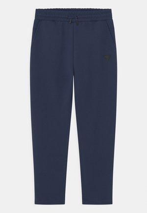 JUNIOR ACTIVE - Spodnie treningowe - silk blue