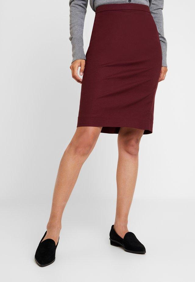 ESSENTIAL - Pencil skirt - sassafras