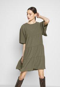 Sisley - Day dress - khaki - 0