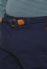 Only & Sons - ONSWILL CHINO  - Shorts - dress blues - 4