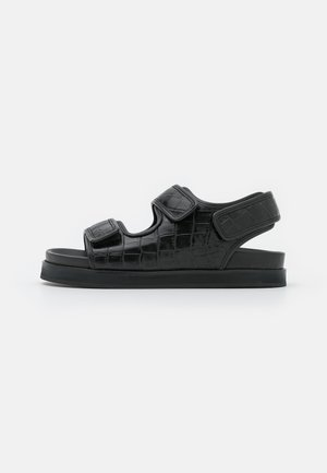 FLAT SANDALS - Sandaler - black