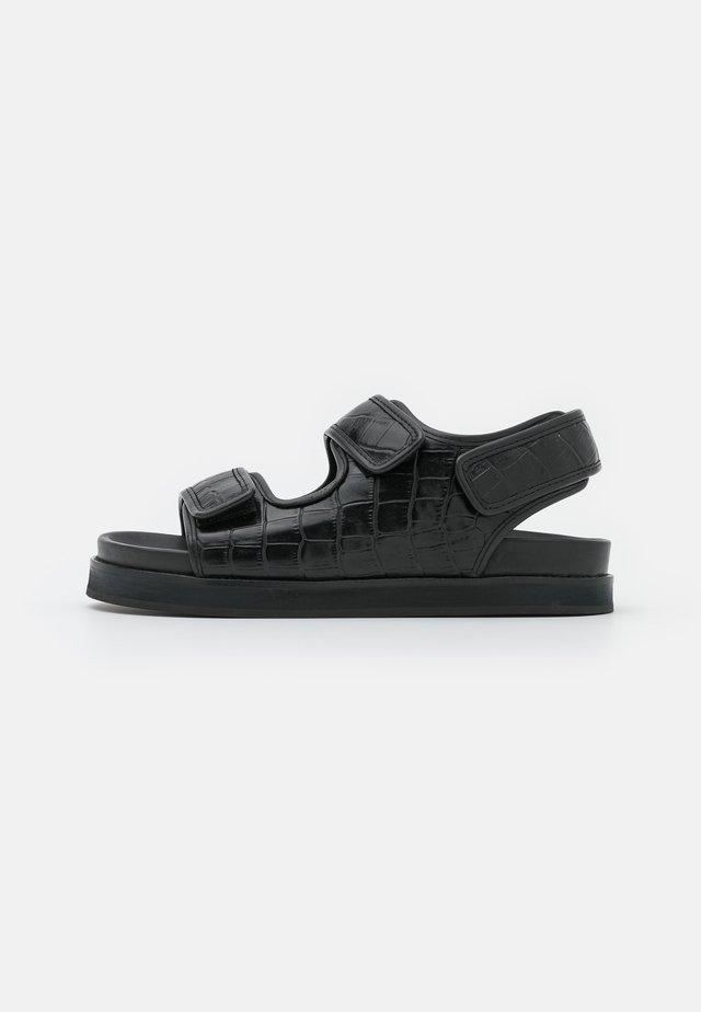 FLAT SANDALS - Sandales - black