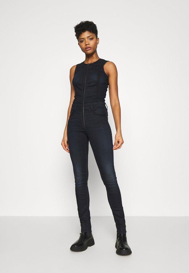 LYNN TYPE 30 - Jumpsuit - worn in nightfall