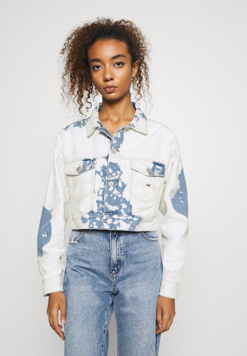 Tommy Jeans - EXTRA CROPPED - Giacca di jeans - cloudy light blue rigid