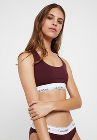 Calvin Klein Underwear - MODERN BRALETTE - Biustonosz bustier - deep maroon/white - 1