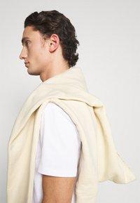 YOURTURN - UNISEX - Print T-shirt - white - 4