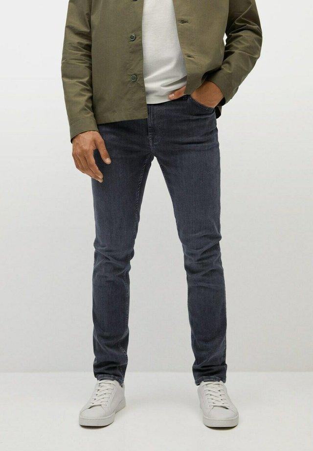 PATRICK - Slim fit jeans - denim grau