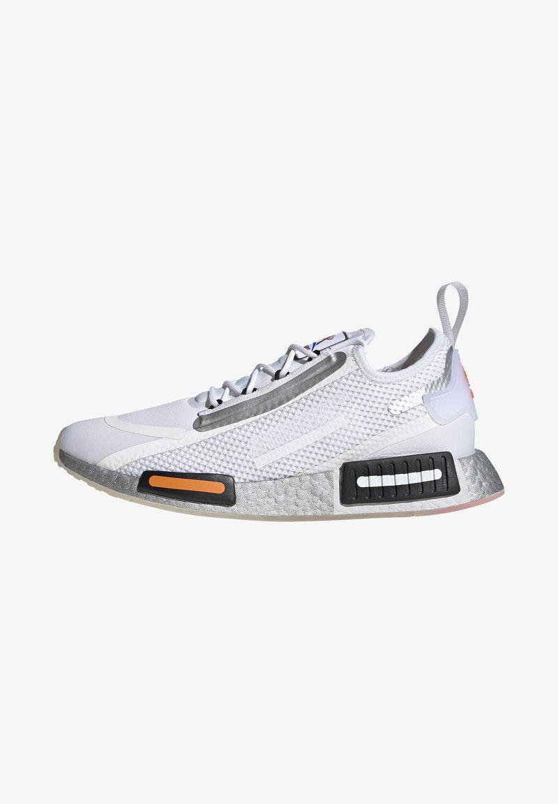 adidas Originals - NMD_R1 SPECTOO UNISEX - Sneakers basse - footwear white/core black