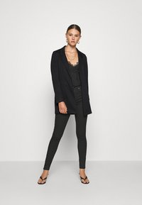 ONLY - ONLBAKER SENIA COATIGAN - Blazer - black - 1