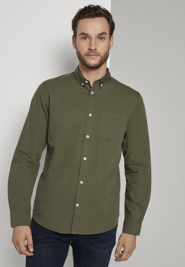 Shirt - olive night green