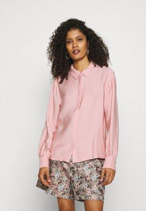 SAKURA STRUCTURED - Button-down blouse - dusty pink