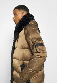 Glorious Gangsta - MAVIS  - Winter coat - sand - 6