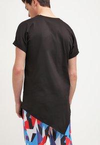 Urban Classics - T-shirts med print - black - 2