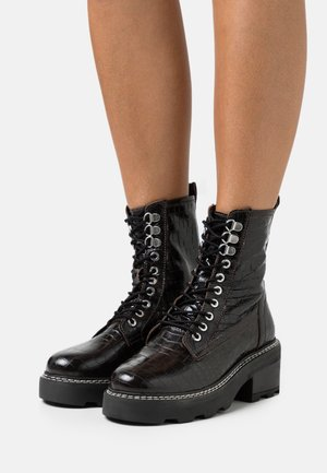 ARMOUR CHUNKY LACE UP BOOT - Kotníkové boty na platformě - burgundy