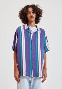 PULL&BEAR - Overhemd - blue - 0