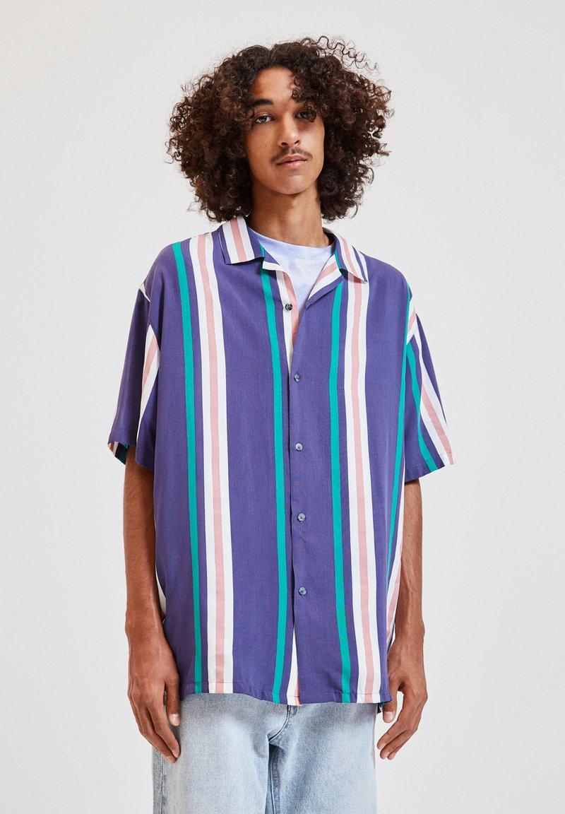 PULL&BEAR - Overhemd - blue