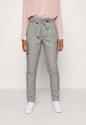 VMMIYA HR LOOSE CHECK TIE PANT - Tygbyxor - snow white/black