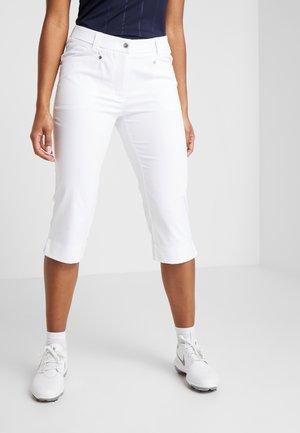 LYRIC CAPRI - 3/4 sportovní kalhoty - white