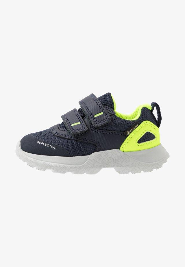 RUSH - Sneakersy niskie - blau/gelb
