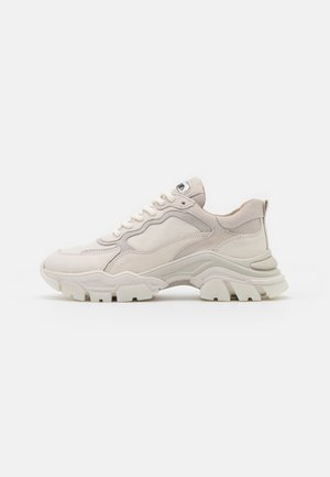 TAYKE OVER - Joggesko - winter white