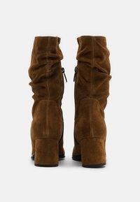 Tamaris - BOOTS - Boots - cognac - 3