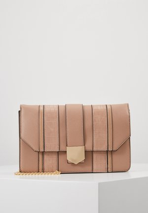 BLACK PANELLED CROSS BODY - Bandolera - blush