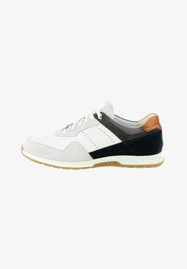 PEGLIO - Sneakers laag - white