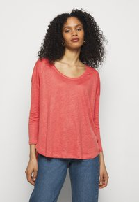 CLOSED - WOMENS - Long sleeved top - dusty coral - 0
