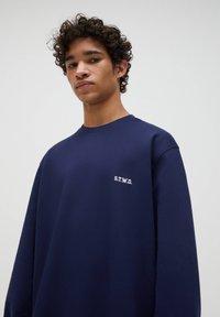 PULL&BEAR - Sweatshirt - dark blue - 4
