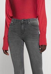 DRYKORN - PULL - Jeans Skinny Fit - grau - 5