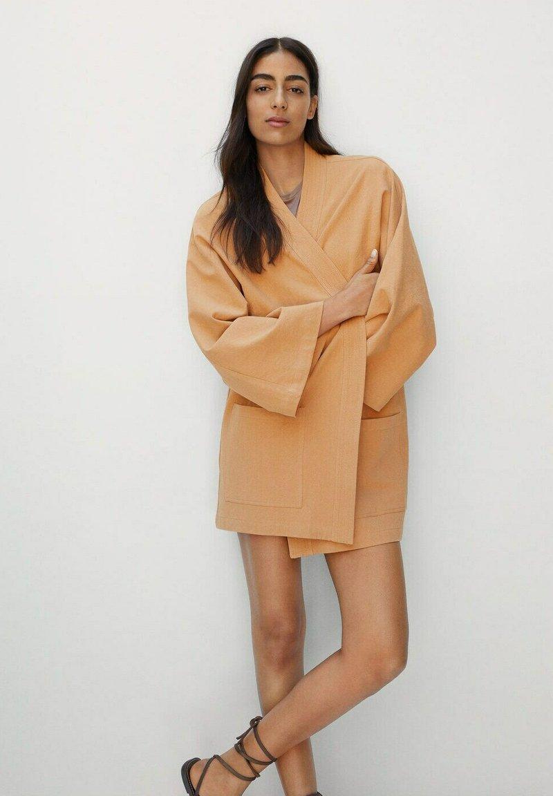 Mango - Short coat - pfirsich