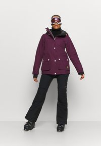 COLOURWEAR - IDA JACKET - Snowboard jacket - deep red - 1